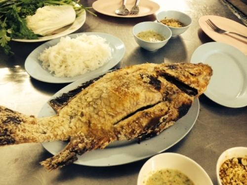 Mieng pla pow at Racha Mieng Pla Pow Jay Goong