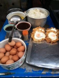 A Chinatown gravy noodle vendor's mise-en-place